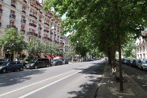 L'avenue Montaigne au coeur du 8ème arrondissement