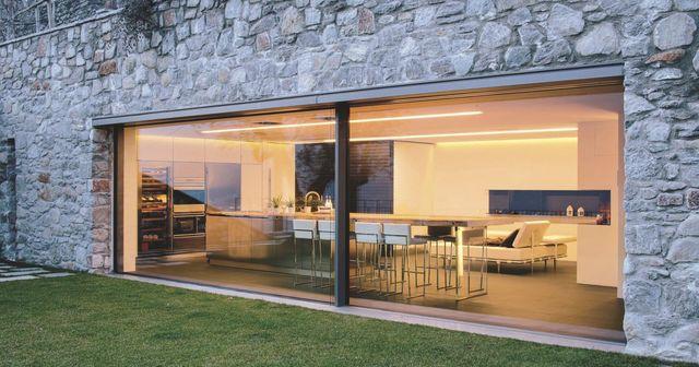 maison avec baie vitrée