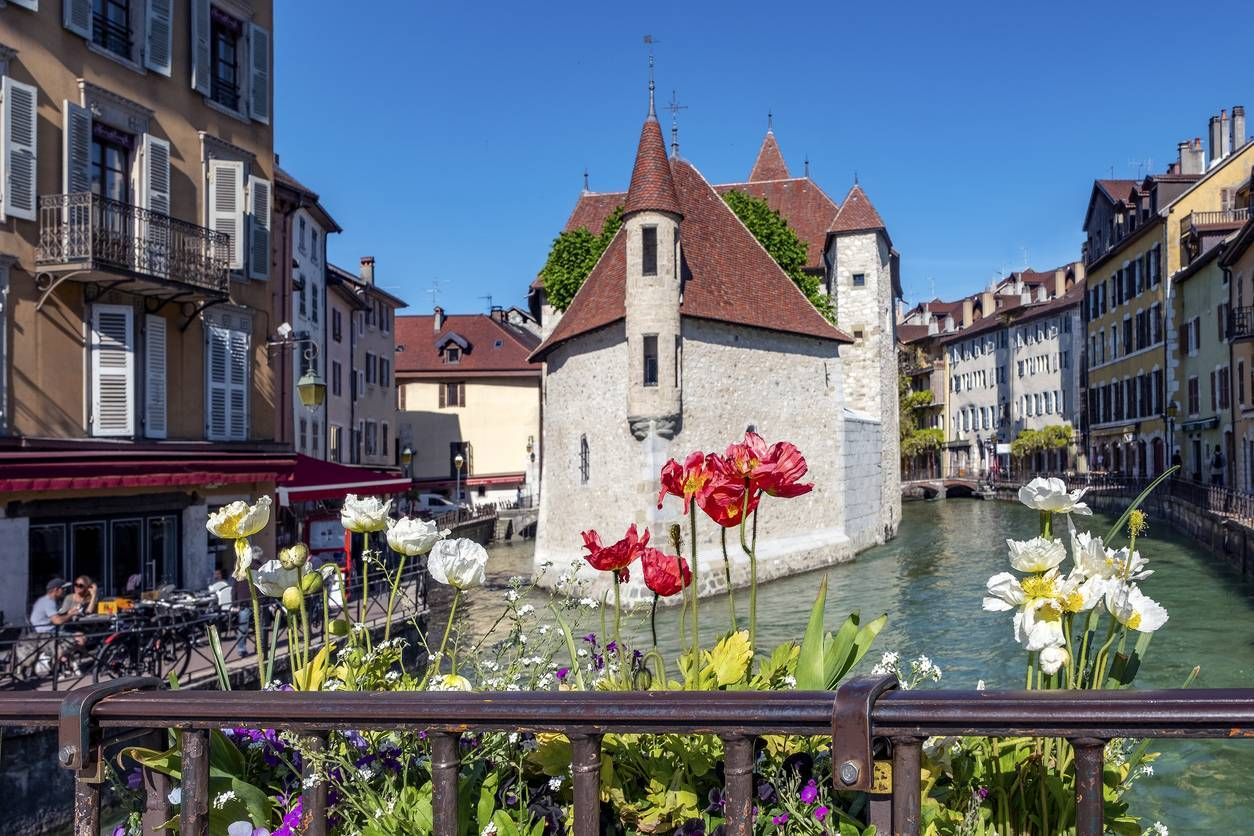 avantages immobilier luxe Annecy
